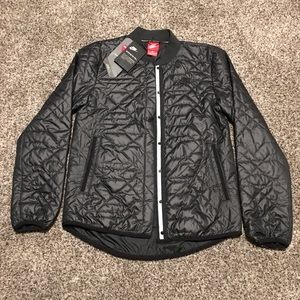 Brand New Women's Nike Puffer Jacket XS Black